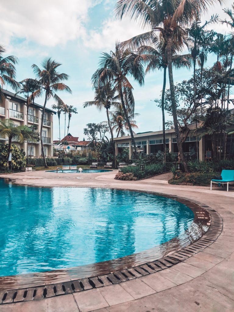 gwiazdki hotelowe - co wpływa na ilość gwiazdek? basen