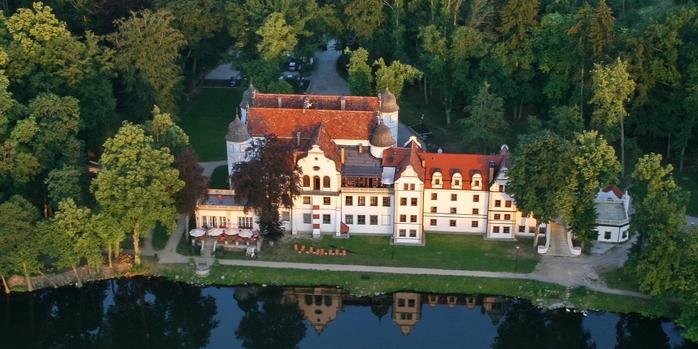 Hotel Podewils Zamek Rycerski w Krągu