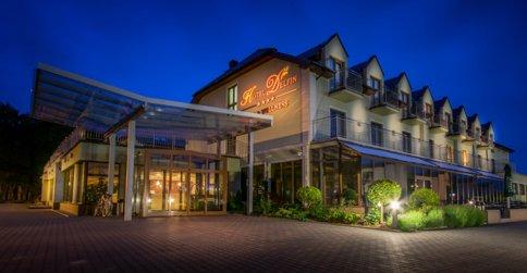 noclegi Dąbki Hotel Delfin